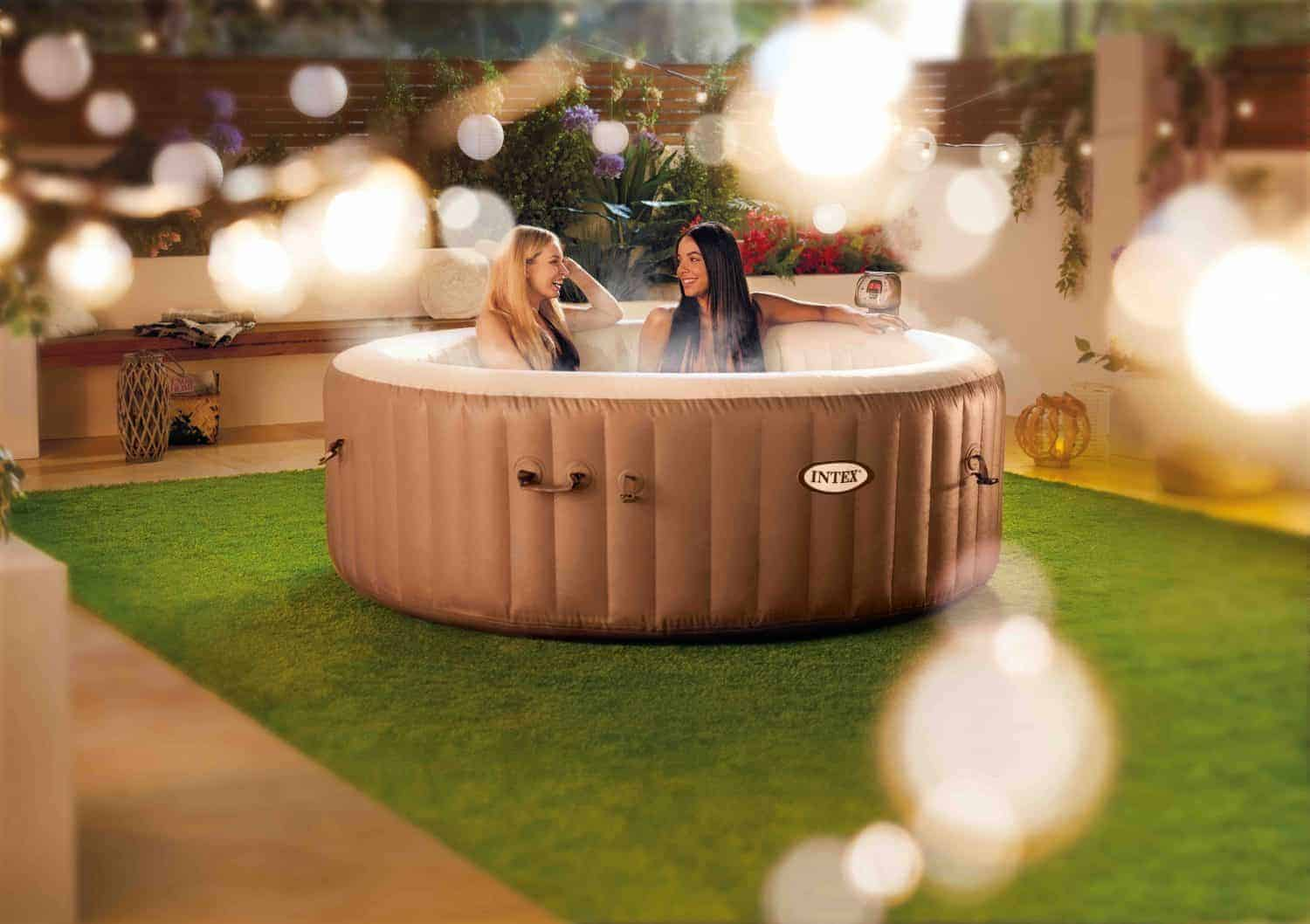 lidl 39 s bargain hot tub is 50 cheaper than aldi 39 s yay cork. Black Bedroom Furniture Sets. Home Design Ideas